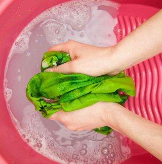 come lavare i panni delicati a mano
