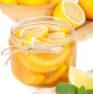 Limoni sotto spirito