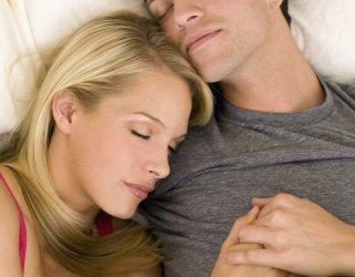 A letto comanda tu donnad - Far impazzire uomo a letto ...