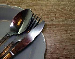 Come pulire le posate in argento donnad - Come pulire argento in casa ...