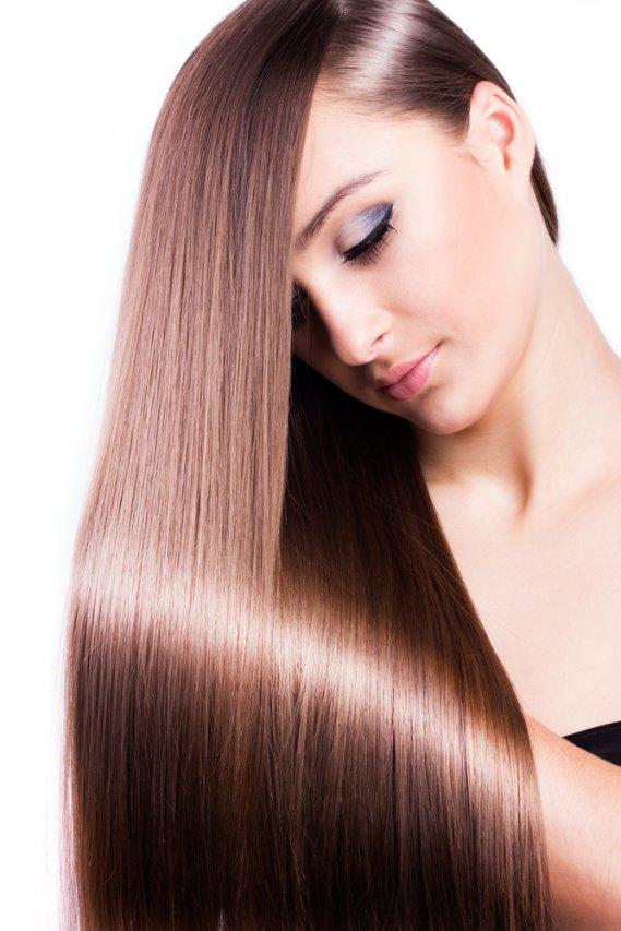 Come tenere i capelli lisci