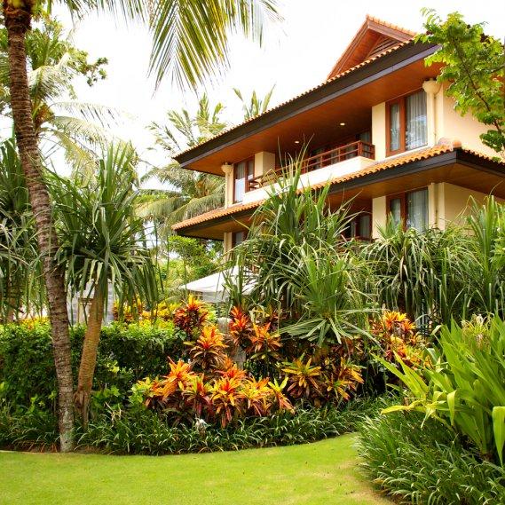 Dai frutti a un giardino tropicale donnad - Giardino tropicale ...