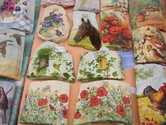 Tegole decorate con decoupage donnad - Decoupage su mobili vecchi ...
