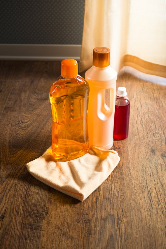 Come pulire il parquet donnad for Pulire parquet