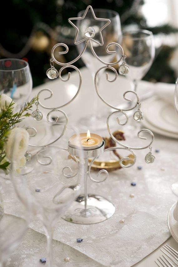 Le regole per organizzare un perfetto gal di capodanno a casa donnad - Capodanno a casa ...