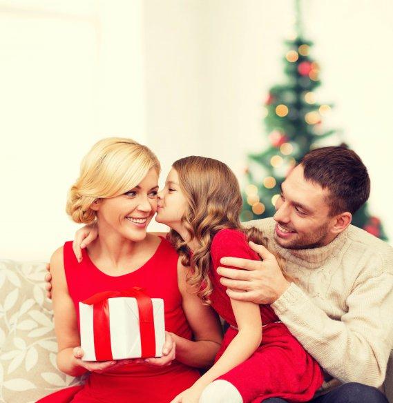 Pensiamo ai regali di natale kit di prodotti per la casa per tutti donnad - Prodotti per pulire casa ...