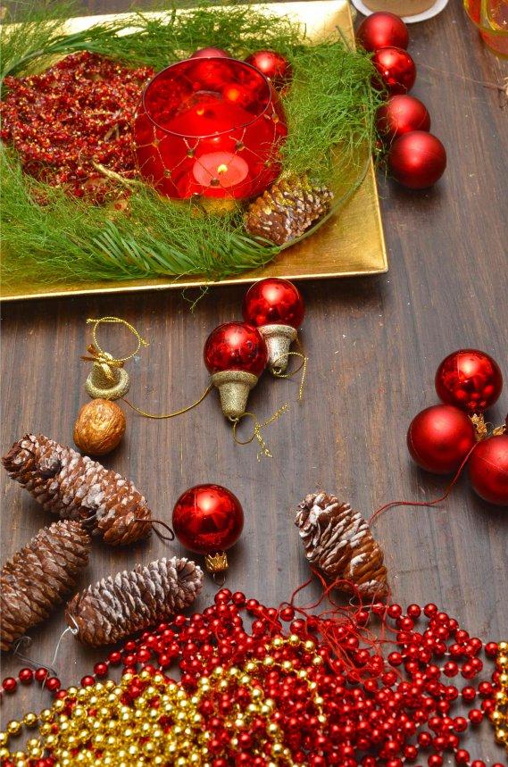 Centrotavola natalizi fai da te 5 idee donnad - Portacandele natalizi fai da te ...