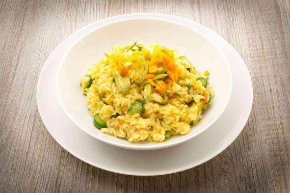 Risotto fiori gialli di tarassaco ricetta donnad for Ricette in cucina