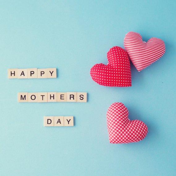 Festa della mamma aforismi e frasi celebri pi emozionanti donnad - Festoni compleanno fatti in casa ...