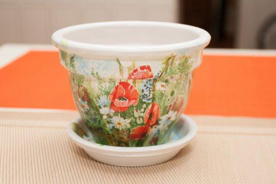 Decorare Vasi Di Terracotta.Acchiappaidee La Creativit In Un Vaso Decorare Vasi Terracotta