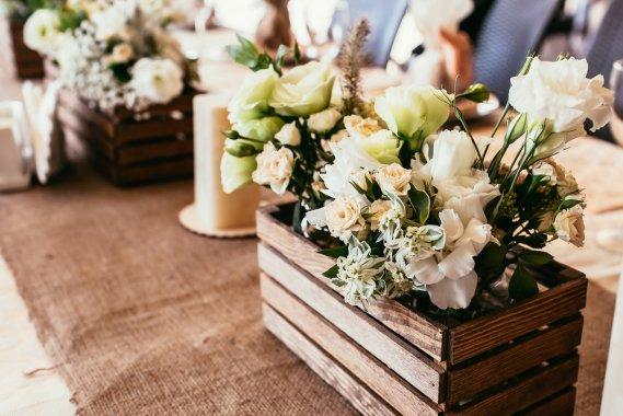 Matrimonio Rustico Elegante : Matrimonio rustico idee green per le decorazioni donnad