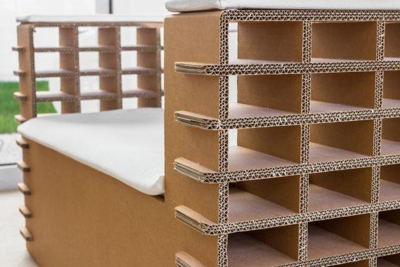 Arredi e mobili in cartone riciclo e design sostenibile donnad