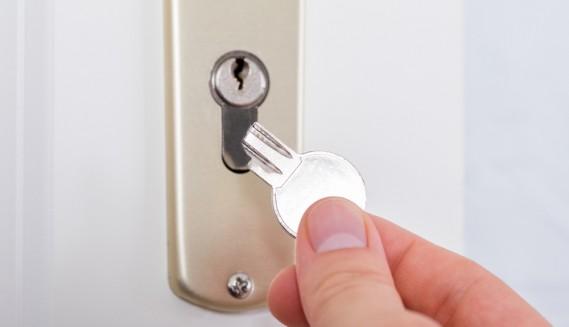 Credenza Con Chiavi : Come estrarre la chiave senza danni donnad