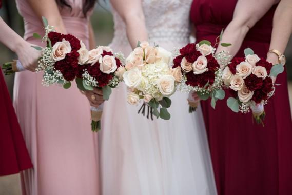Bouquet Natalizio Matrimonio : Matrimonio a natale come vestirsi se si è damigella o testimone
