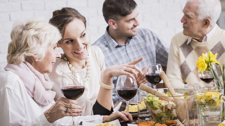 Cena a casa della suocera cosa fare donnad for Piani di casa suocera