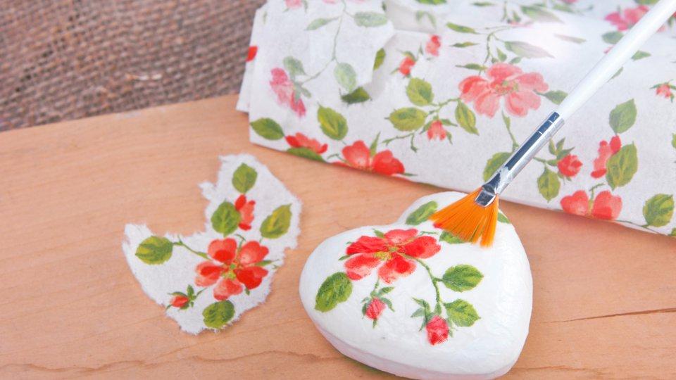 Decoupage di san valentino le decorazioni floreali donnad - Decorazioni decoupage ...