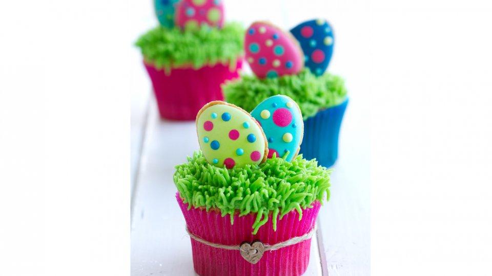 Cupcake di Pasqua: le 7 decorazioni più belle in pasta di zucchero