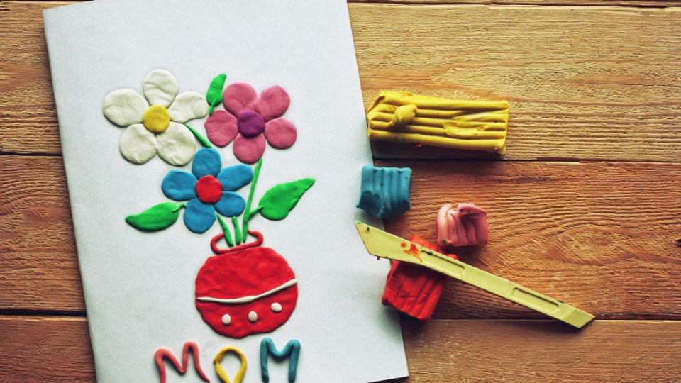 Festa della mamma decorazioni fai da te per la tavola - Decorazioni tavola fai da te ...