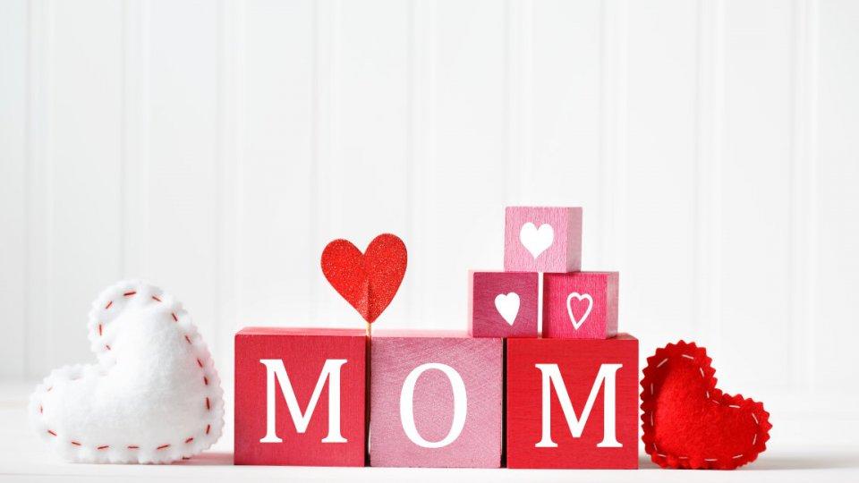 Festa della mamma decorazioni fai da te per la tavola for Decorazioni fai da te per la cucina
