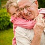 nonni,famiglia,aiuto,babysitter,bambini,scelta,obbligo