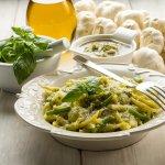 trofie pesto pasta erbe olio extravergine oliva pistacchi