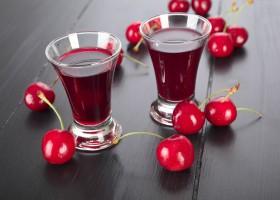 Liquore alla ciliegia tipo cherry, la ricetta per prepararlo