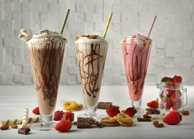 Le regole del milk shake perfetto: ingredienti e passaggi della super bevanda estiva