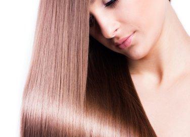 come avere capelli lisci e stirati