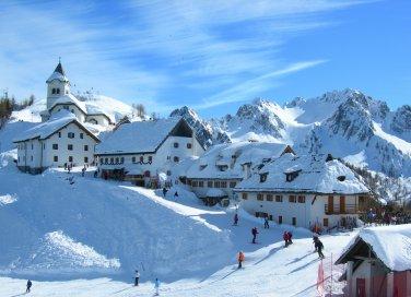 Tarvisio capodanno Alpi Giulie neve vacanze sci boschi foreste