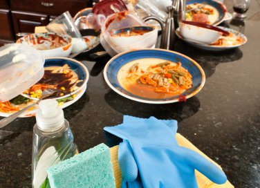 utensili cucina strumenti tagliere cappa aspirante scopa palette