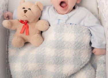 sbadiglio di un bambino