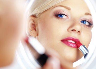 labbra colore rossetto trucco