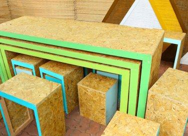 mobili in materiale riciclato