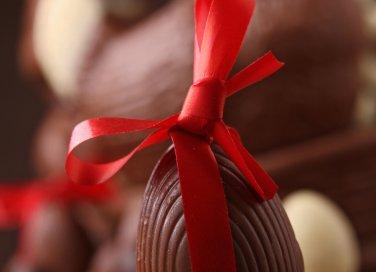 come preparare uovo di cioccolato in casa pasqua