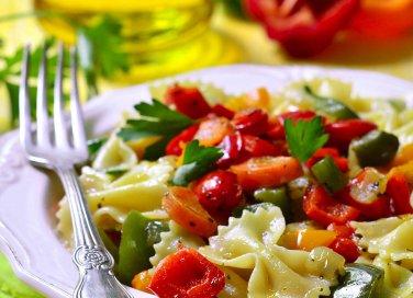 pasta peperoni philadelphia formaggio colorata