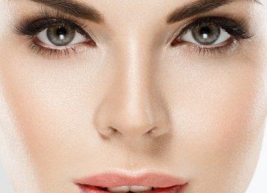 come proteggere il contorno occhi