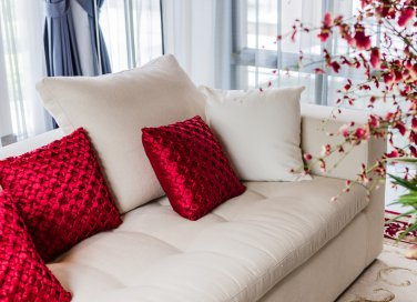 san valentino, interior design, casa in rosso