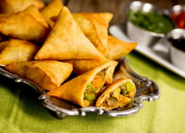 Cucina indiana: la ricetta dei samosa, golosi snack ripieni