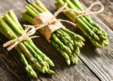 pulire asparagi, cucina, verdure primaverili