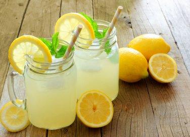 bibite fresche fare casa, concentrato succo limone