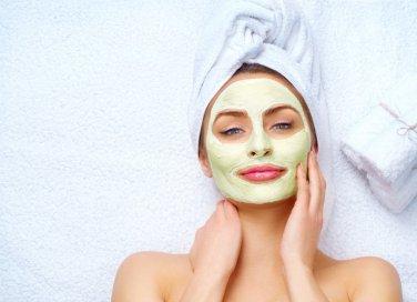 Maschera per il viso purificante: la ricetta fai da te facile da fare