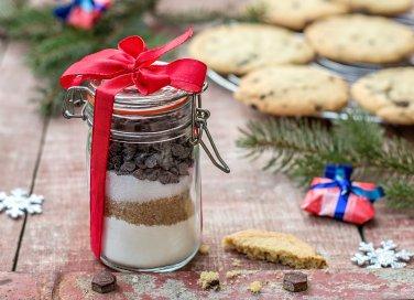 Preparati per dolci istantanei: ricette in barattolo da provare e regalare.