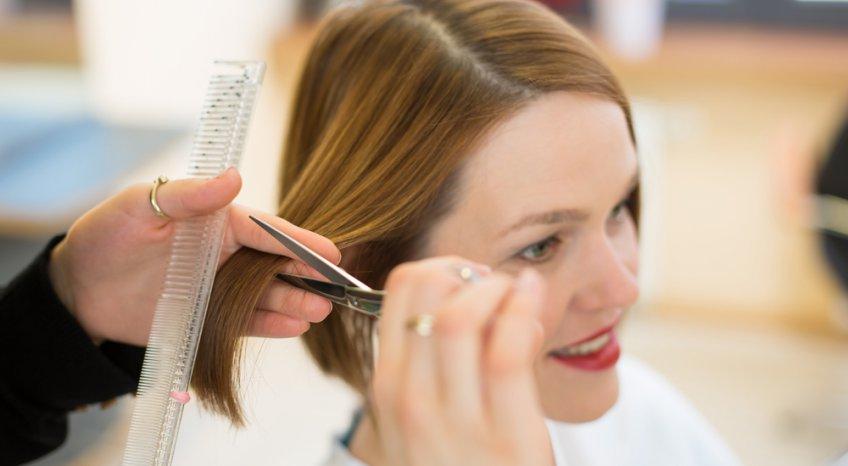 Come tagliare i capelli per averli sempre in ordine
