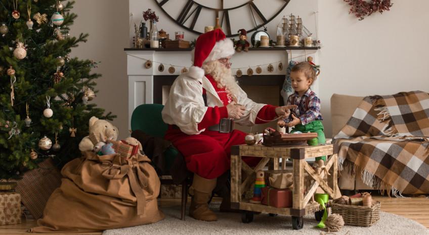 Babbo Natale Casa.La Casa Perfetta Con Materiali Di Recupero Donnad