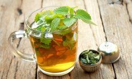 tisana alla melissa, rimedi naturali, proprietà benefiche