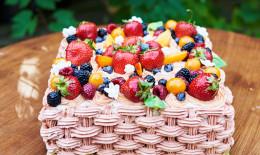 torte frutta decorate, decorazioni torte frutta