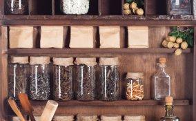 Alimenti contenitori vetro plastica ceramica fresco cotto