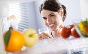 frigorifero pulito freddo cibo mantenimento casa conservare mangiare cucina raffreddare pietanza tappo contenitore ermetico odore sicurezza