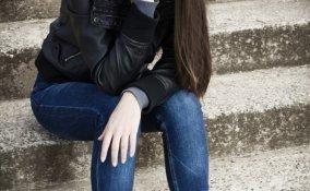 adolescenti, età, triste