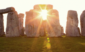 Come si festeggia il solstizio d'estate nel mondo? Le feste più insolite da conoscere